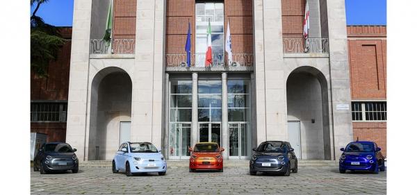 이탈리아 밀라노에서 공개된 신형 피아트 500 전기차