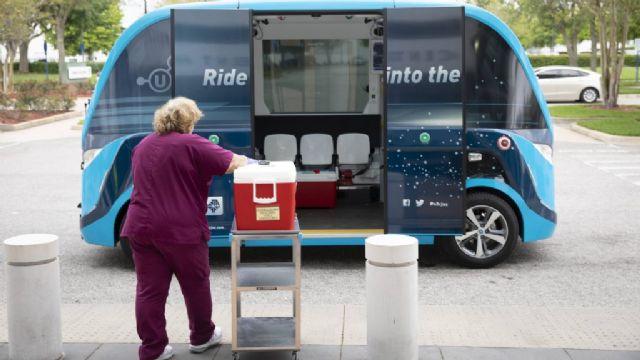 메이오클리닉은 코로나19 검체 이송에 자율주행 자동차 '빕'을 도입했다.(사진=메이오클리닉)