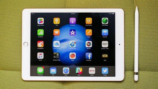 애플의 9.7인치 아이패드 프로.(사진=씨넷)