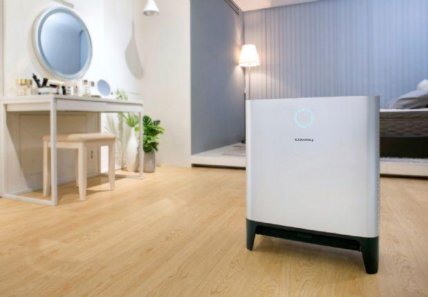 코웨이는 25일 바닥 공기까지 청정하는 대용량 공기청정기 '코웨이 트리플파워 공기청정기'를 출시했다고 밝혔다.(사진=코웨이)
