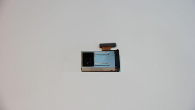 삼성전기가 이달부터 양산에 돌입한 '광학 5배줌 초슬림 카메라모듈'. (사진=삼성전기)