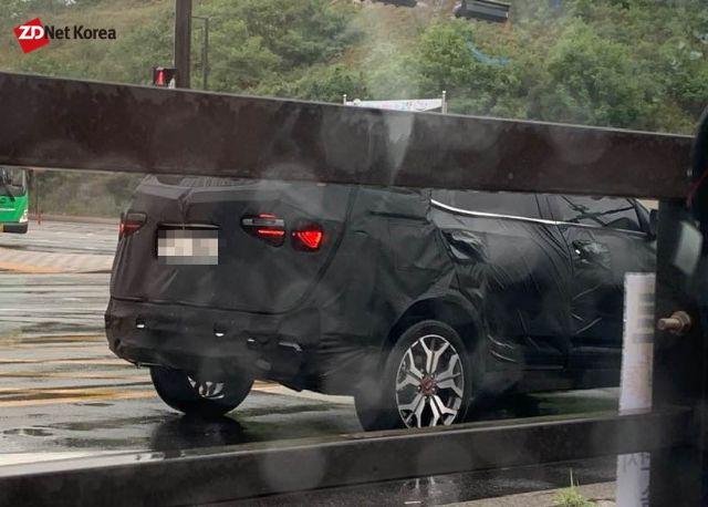 경기도 고양 일대서 포착된 기아자동차 SP2 (사진=지디넷코리아)