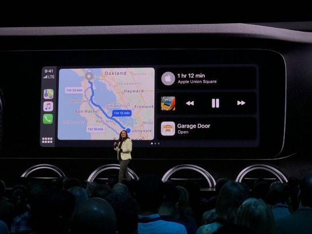 한 화면에 다수 앱을 띄울 수 있는 애플 카플레이 업데이트 버전. iOS13이 배포되면 적용된다. (사진=씨넷 라이브 블로그)