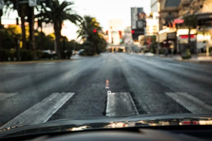 audi_traffic_light_information_161212_1