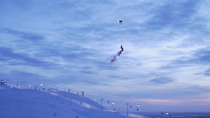 drone_snowboarder_161224_3