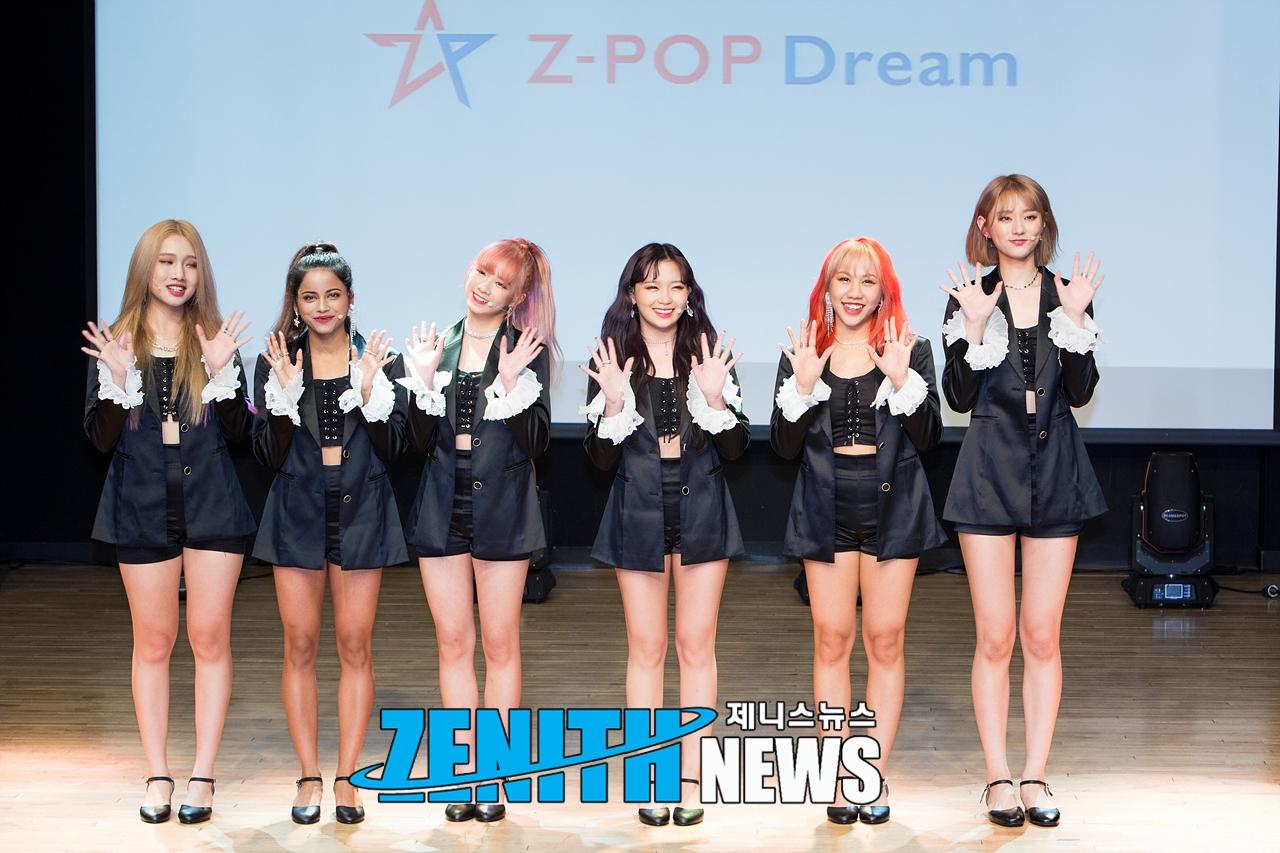 ▲ Z-Girls 프리얀카-퀸 '큐티 러블리 섹시 다 해요' (사진=신창호 기자)