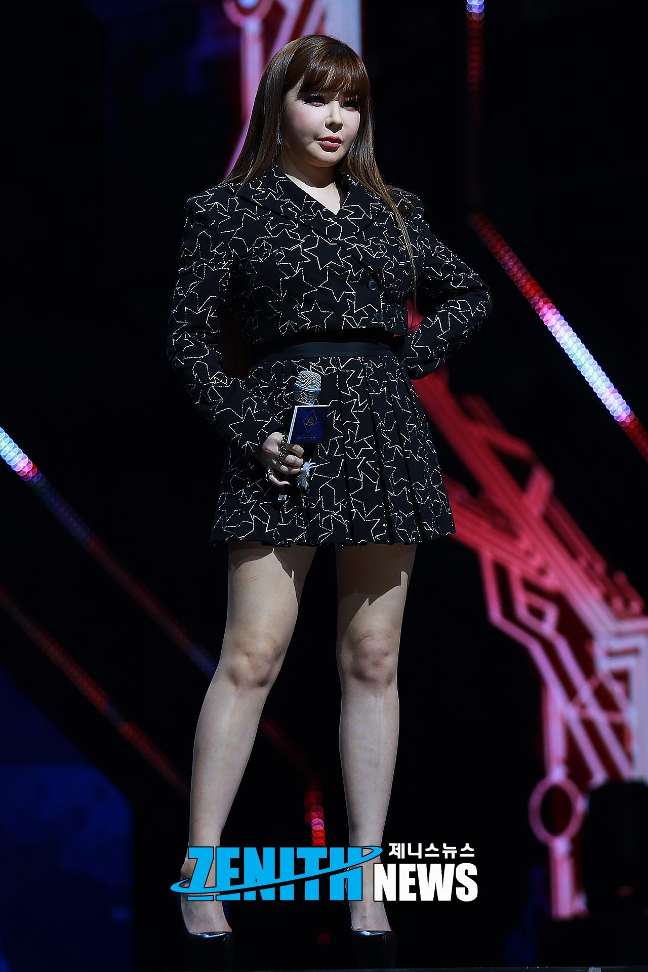 ▲ '퀸덤' 박봄 '유일한 솔로 가수 뽀미 언니 나가신다~' (사진=문찬희 인턴기자)