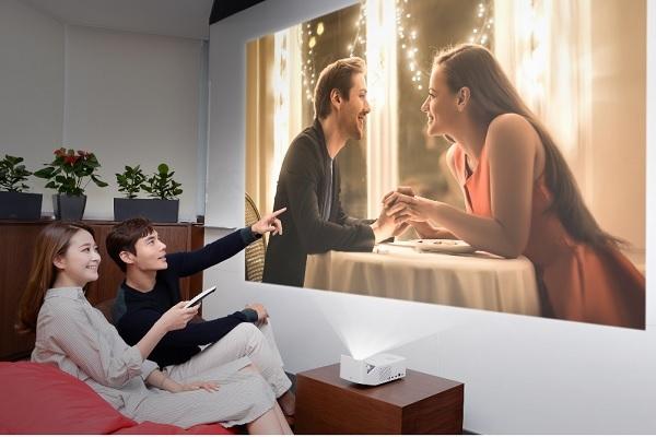 'LG 시네빔' 프로젝터(사진=LG전자)