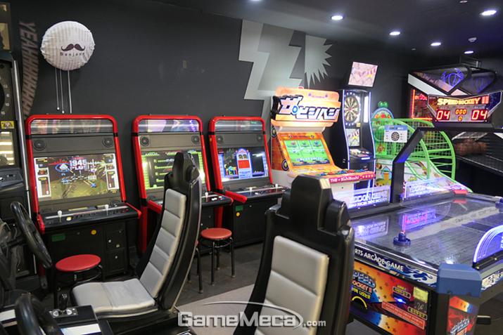 성인들을 위한 게임은 이 곳에!