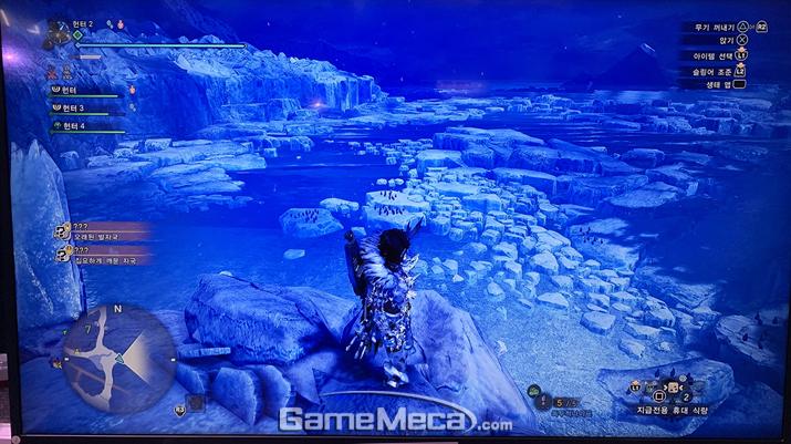 특정 지역에서는 '빙해' 느낌도 난다. 역대 추운 지역 특징을 한 군데에 모두 모은 모습(사진: 게임메카 촬영)